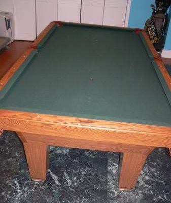 Olhausen Oak 8' Pool Table with Accessories